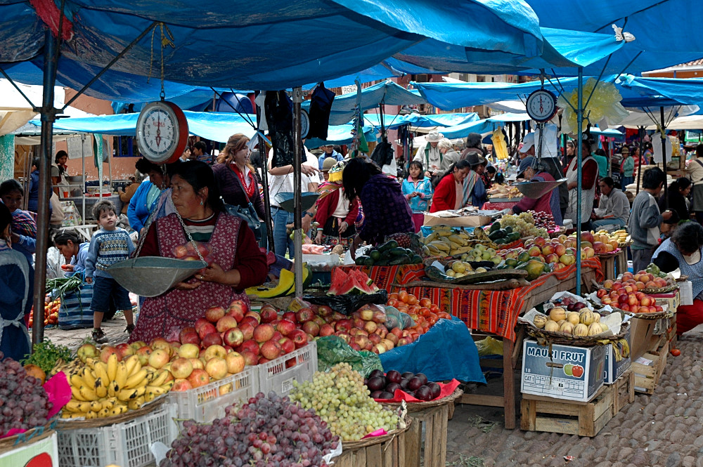 Pisac Market / Fruits